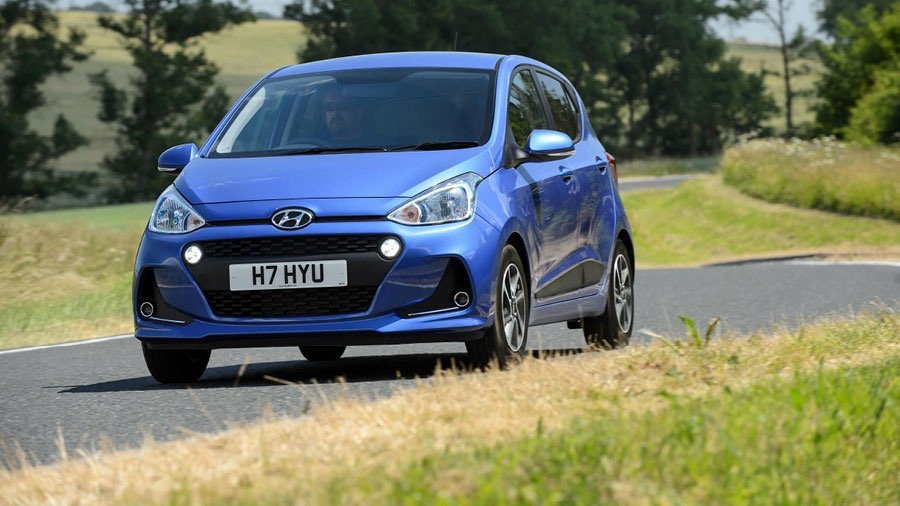 HYUNDAI NAMED MANUFACTURER OF THE YEAR AT THE AM AWARDS